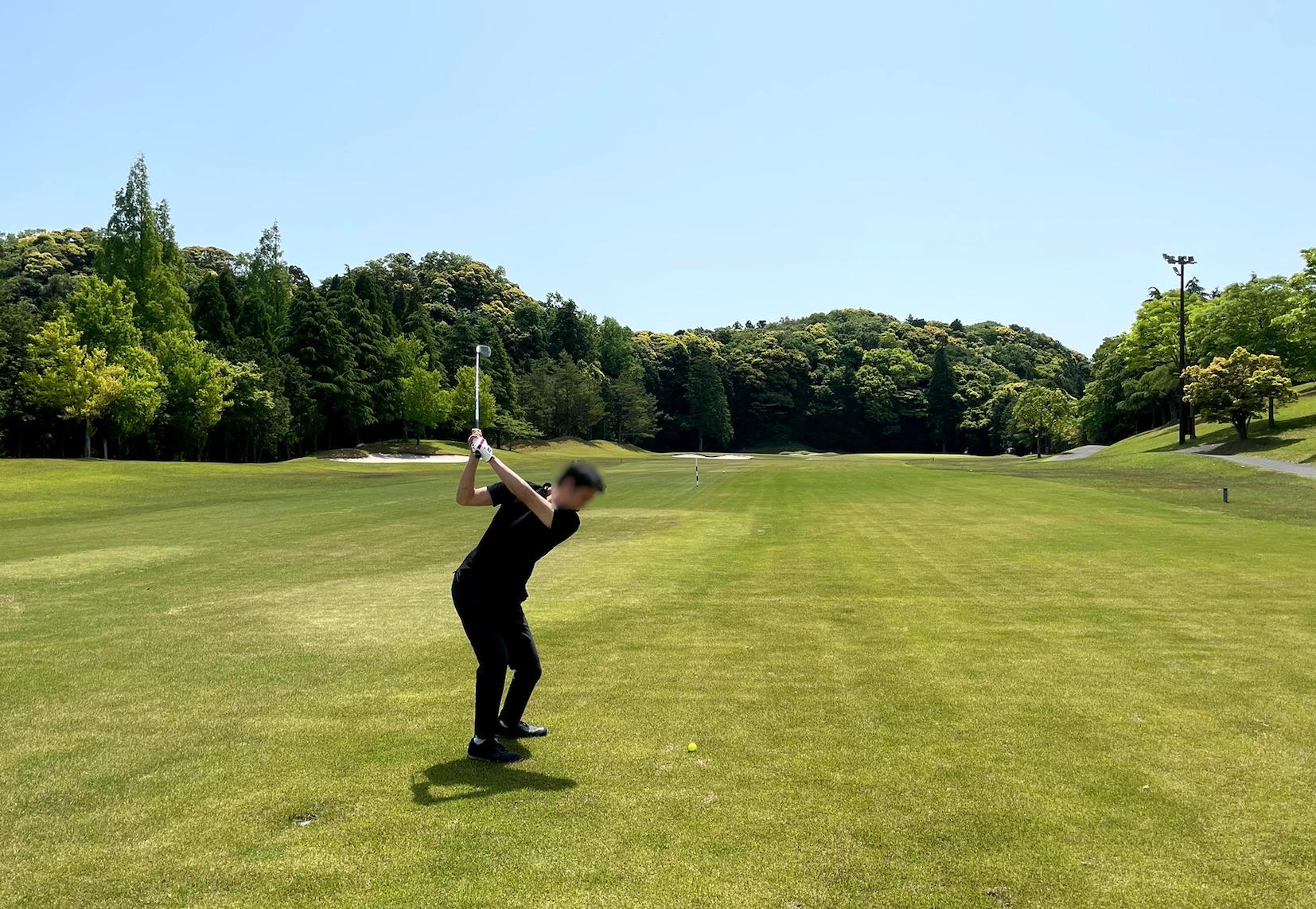 アウトドアゴルフのコースに挑戦!