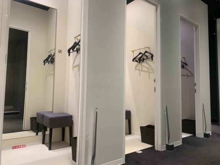 ライザップゴルフ神戸店の更衣室