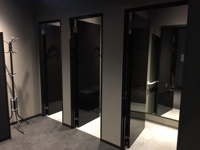 ライザップゴルフ博多店の更衣室
